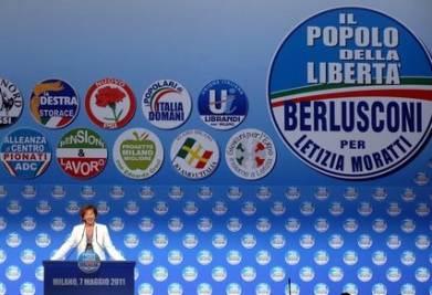 Letizia Moratti in campagna elettorale (Imagoeconomica)
