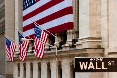 Wall_Street_BandiereR400.jpg