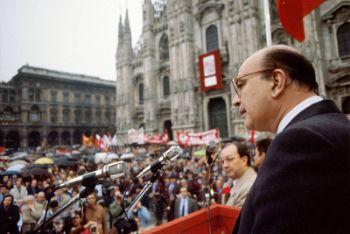 Un'immagine di Bettino Craxi a Milano (imagoeconomica)