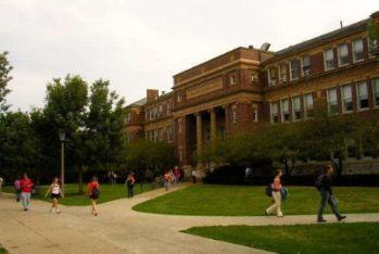 college_R400.jpg