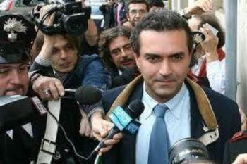 RISULTATI BALLOTTAGGIO ELEZIONI 2011/ Napoli definitivi: De Magistris al 65,38%. Lettieri al 34,62%