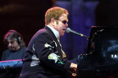 Nel 2011 Elton John diventa padre di Zachary (Imagoeconomica)