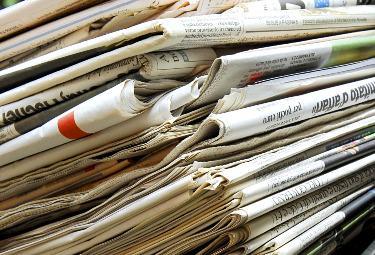 giornali_pacco2R375.jpg