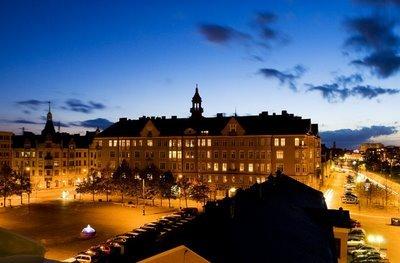 Un'immagine serale della città svedese di Malmoe