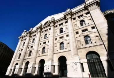 Palazzo Mezzanotte, sede della Borsa di Milano (Foto Imagoeconomica)