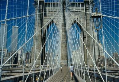 Il Ponte di Brooklyn a New York (Imagoeconomica)