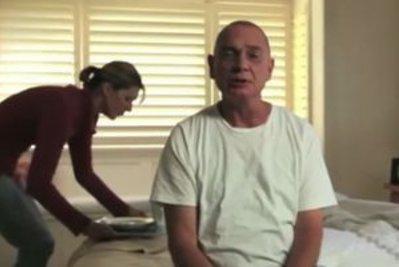 Una immagine dallo spot pro eutanasia distribuito in Italia dal Partito radicale