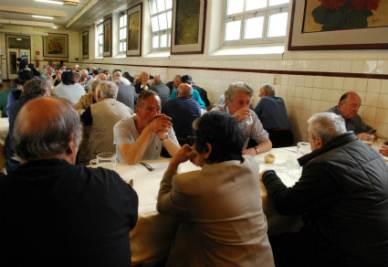 Una mensa dei poveri (InfoPhoto)