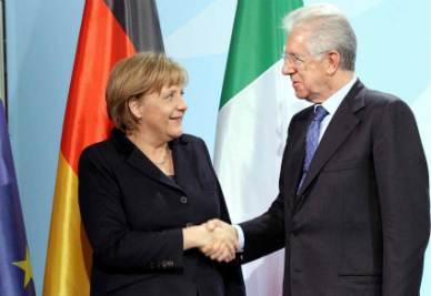Angela Merkel e Mario Monti (Infophoto)