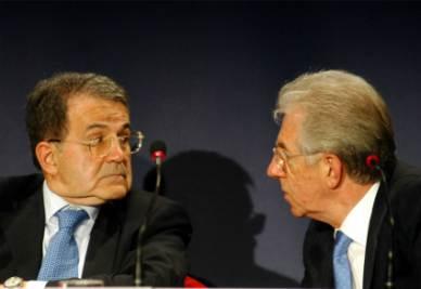 Romano Prodi e Mario Monti (Infophoto)