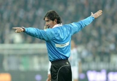 Bergonzi, l'arbitro di Roma-Lazio (Infophoto)