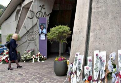 La chiesa di Monterosso dove si terranno i funerali (Infophoto)