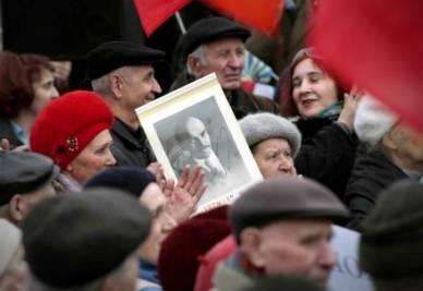 Russia, nostalgici del comunismo in pazza (InfoPhoto)