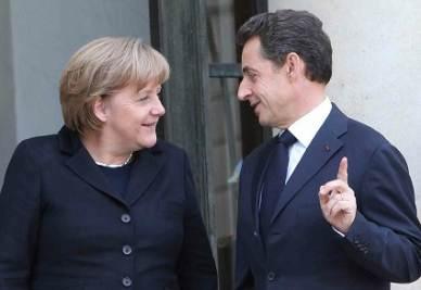 Angela Merkel e Nicolas Sarkozy (Foto: Infophoto)