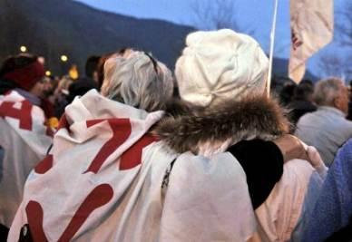 Due manifestanti NO-TAV (Foto:infophoto)