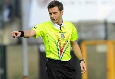 Nicola Rizzoli, 40 anni, arbitro di Genoa-Juventus di ieri (INFOPHOTO)