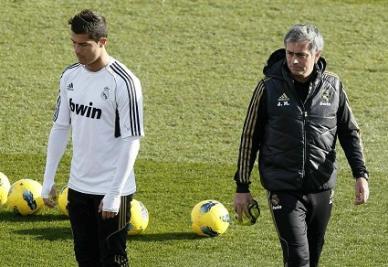 Cristiano Ronaldo e Josè Mourinho: di nuovo insieme a Manchester? (INFOPHOTO)