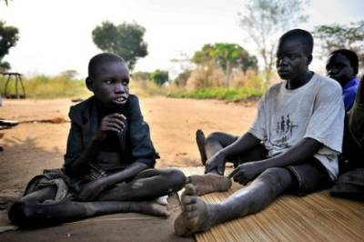 Children in Ugana  (Infophoto)