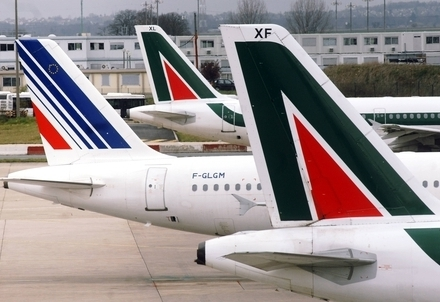 Aerei di Alitalia e Air France