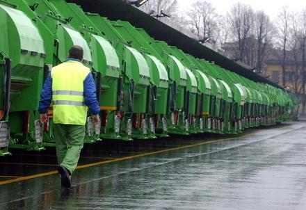 RACCOLTA DIFFERENZIATA/ A Milano guida e App in 9 lingue per gestire i rifiuti