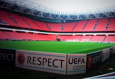 Al San Mamés tutto pronto per Athletic Bilbao-Napoli