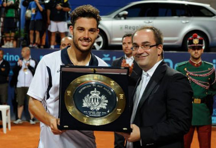 Marco Cecchinato, 21 anni, qui con il trofeo dell'Open di San Marino vinto nel 2013
