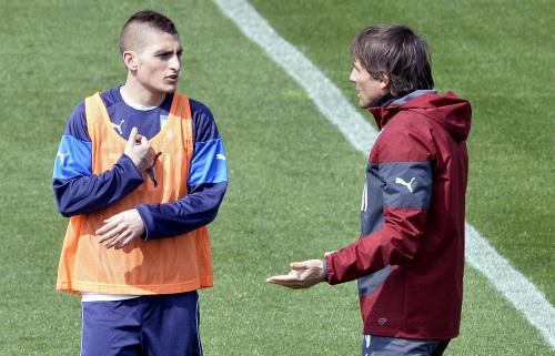 Conte parla con Verratti (Infophoto)
