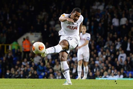 Moussa Dembele, centrocampista del Tottenham (Infophoto)