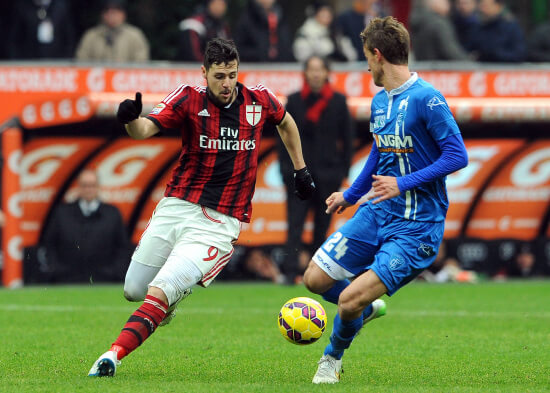 Mattia Destro ai tempi del Milan (Infophoto)
