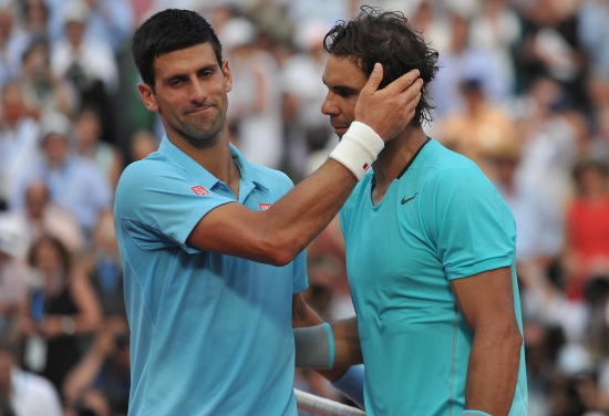 Novak Djokovic e Rafa Nadal al Roland Garros lo scorso anno (Infophoto)