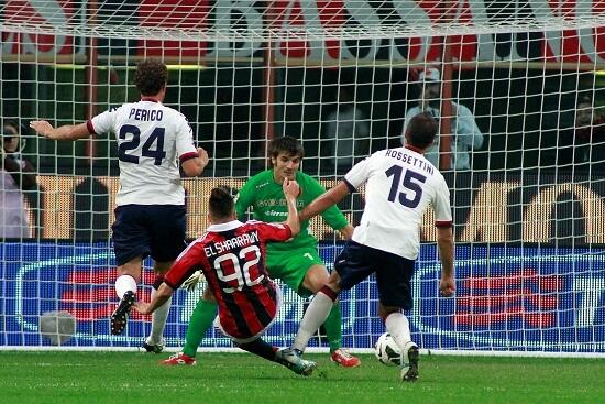Stephan El Shaarawy segna uno dei due gol lo scorso anno (Infophoto)
