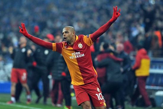Felipe Melo con la maglia del Galatasaray (Infophoto)