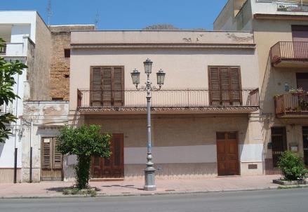 La casa dove viveva Gaetano Badalamenti, a cento passi da quella di Peppino Impastato