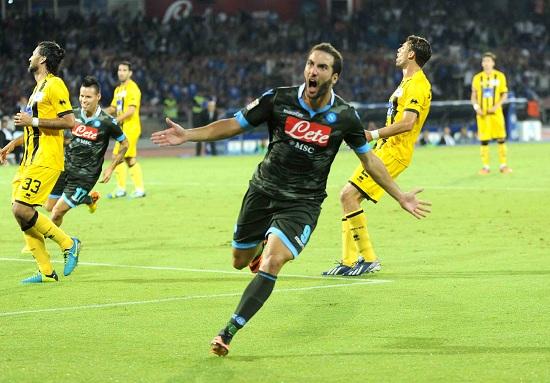 Gonzalo Higuain, attaccante del Napoli (Foto Infophoto)