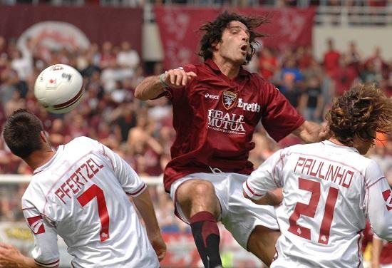 Una Livorno-Torino del passato (Infophoto)