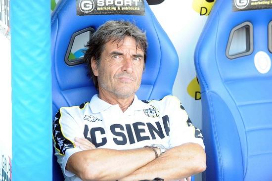 Mario Beretta, tornato sulla panchina del Siena (Infophoto)