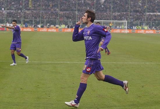 Adrian Mutu ai tempi della Fiorentina (Infophoto)