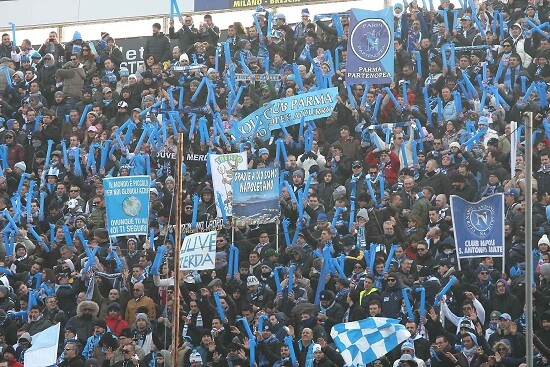 I tifosi del Napoli (Infophoto)