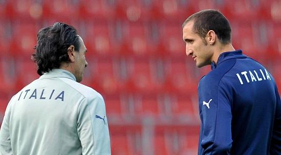 Cesare Prandelli e Giorgio Chiellini (Infophoto)