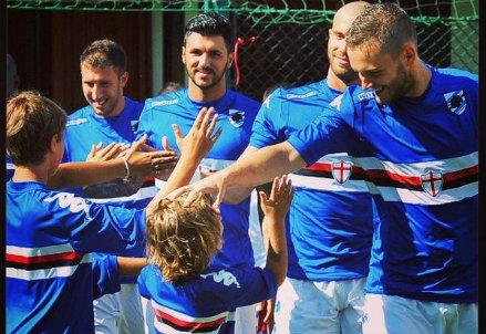 I giocatori della Sampdoria all'avvio della stagione 2014-2015 (Infophoto)