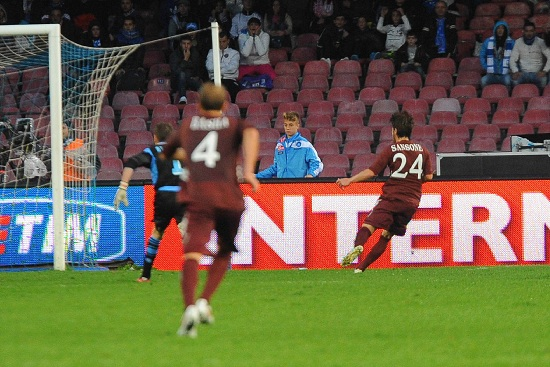 Nella gara d'andata il Torino pareggiò nel finale: gol di Sansone (Infophoto)