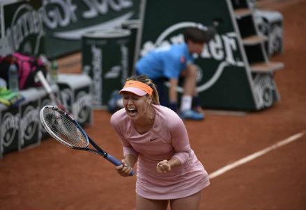 Maria Sharapova, 27 anni: terza finale consecutiva al Roland Garros