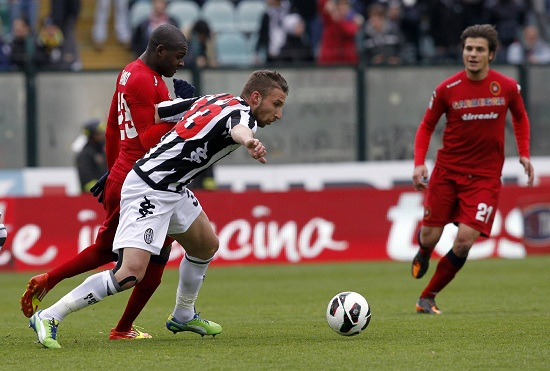 Un'immagine della partita, terminata 0-0 (Infophoto)