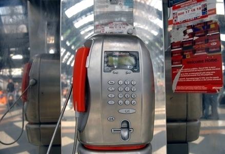TELECOM/ Le due 'sfide' che Telefonica lancia all'Italia