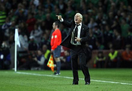 Giovanni Trapattoni guida l'Irlanda contro la Germania (Infophoto)