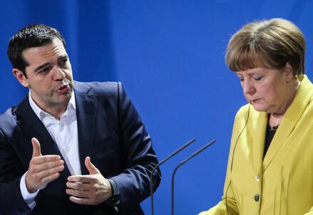 Alexis Tsipras e Angela Merkel (Infophoto)