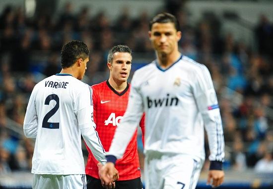 Due dei protagonisti più attesi: Cristiano Ronaldo e Robin Van Persie (Infophoto)