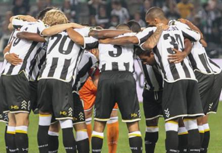 giocatori Udinese (infophoto)