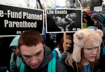 Una manifestazione contro l'aborto (Infophoto)