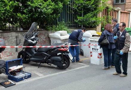Il luogo dell'attentato a Roberto Adinolfi, foto InfoPhoto